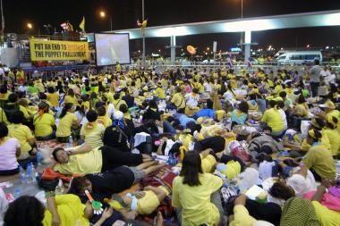 Neramumai Tailande tęsiasi