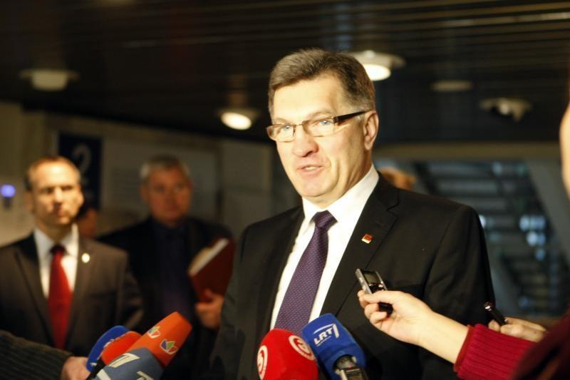 """A. Butkevičius: nejaučiu """"Gazprom"""" spaudimo dėl skalūnų dujų"""