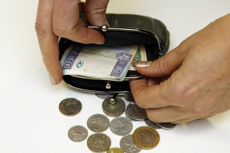 Audiniais prekiaujančios įmonės įtariamos slėpę mokesčius