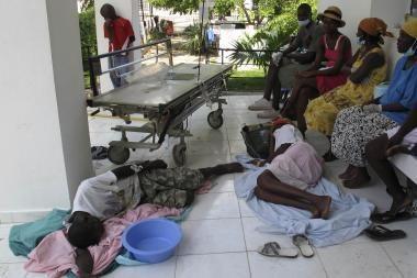 Haityje kovojama su choleros epidemija, nusinešusia 200 gyvybių