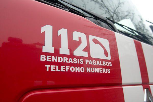Per gaisrą Vilniuje nukentėjo vyriškis