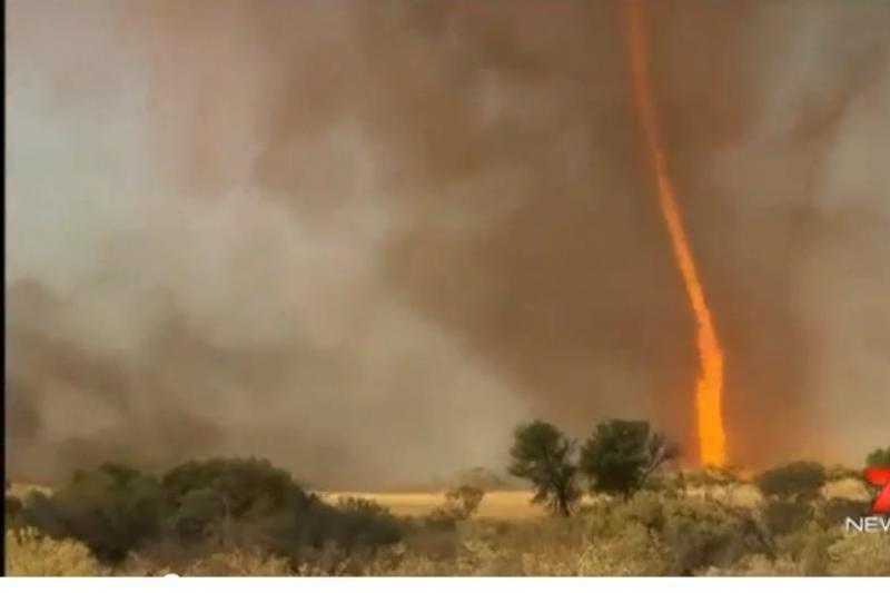 Australijoje pavyko nufilmuoti meteorologinę retenybę – ugninį viesulą