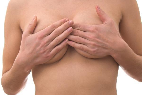 ES bus griežtinama krūtų implantų kontrolė