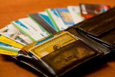 Šiaurės Airijoje pagautas suklastotomis kortelėmis atsiskaitinėjęs lietuvis