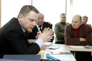 Klaipėdiečiai įtikinėjo E.Masiulį, jog privatizacija nenaudinga