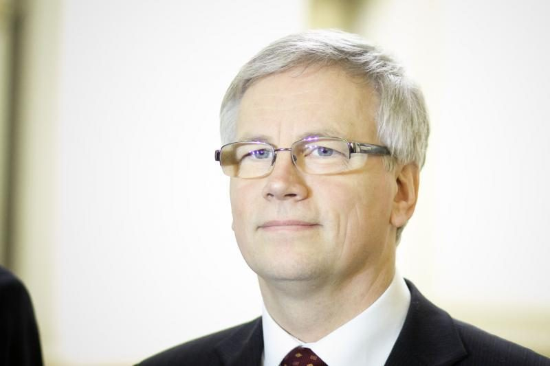 R. Šadžius abejoja, ar Lietuva sugebėtų įsivesti eurą 2014 metais