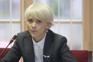 Viešųjų pirkimų tarnybą turėtų kontroliuoti Vyriausybė, sako S.Cirtautienė