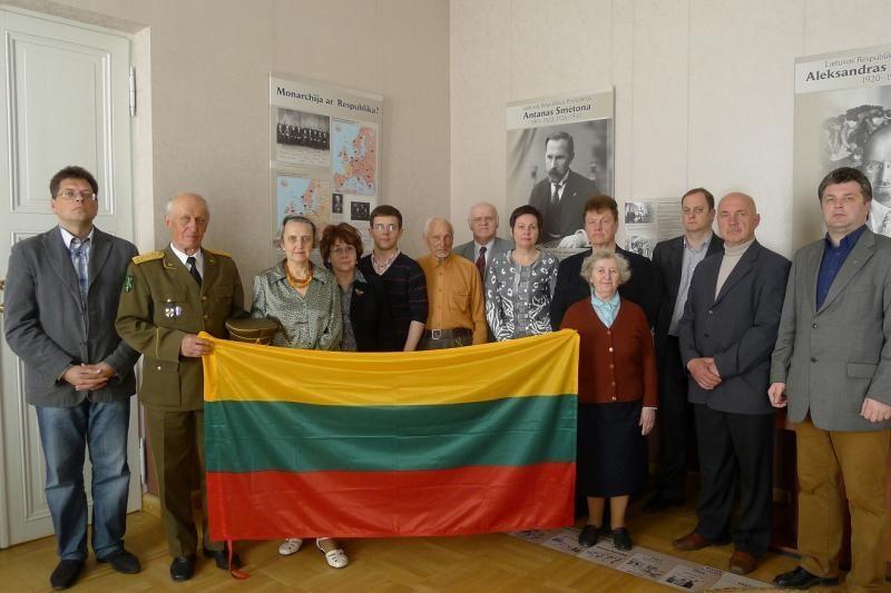 A. Smetonos klubas sieks grąžinti prezidento palaikus į Lietuvą