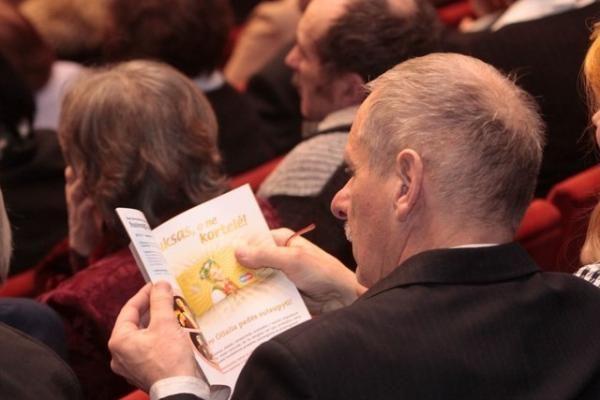 Senjorų teatro jubiliejus: parodos ir spektaklių pristatymai