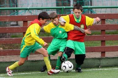 Jaunieji futbolininkai neįveikė trenerių