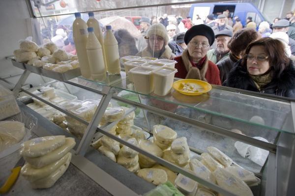 Duoną ir pieną ūkininkai parduos pigiau