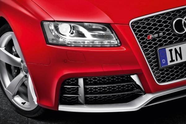 """""""Audi"""" pasiekė pardavimų rekordą"""