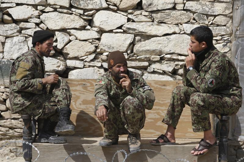 Afganistane per vieną dieną iš rikiuotės išvesta beveik 100 sukilėlių