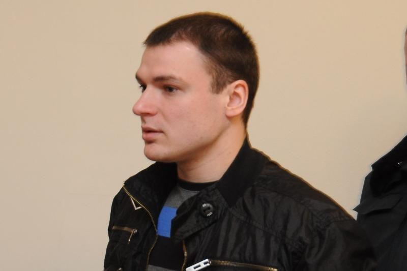 E.Voitechovskis suklupo antroje kovoje