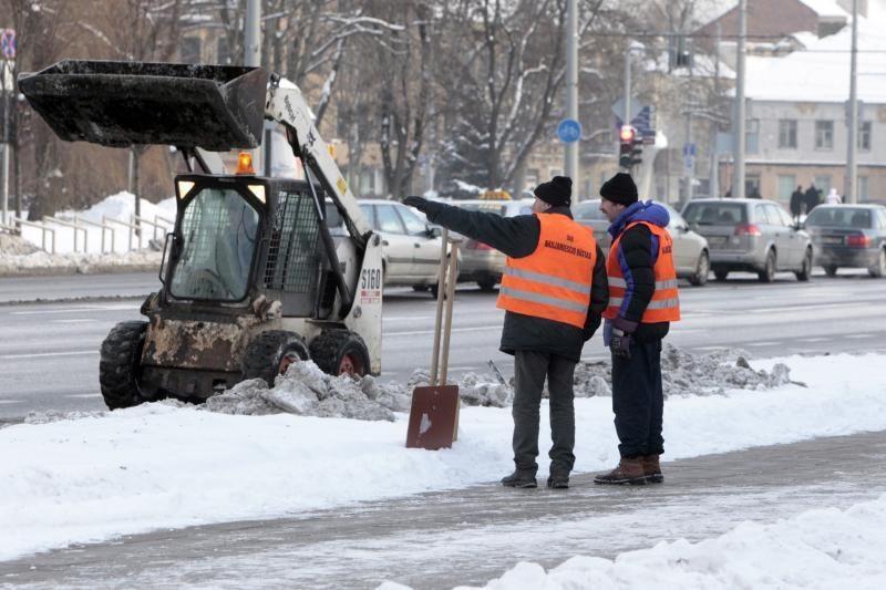 Kiemsargiai Vilniuje uždirba po 3 tūkst. litų per mėnesį?