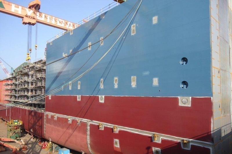 SGD laivo – saugyklos statybos darbai pačiame įkarštyje