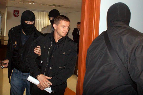 30 tūkst. litų kyšį paėmęs buvęs prokuroras liko laisvėje