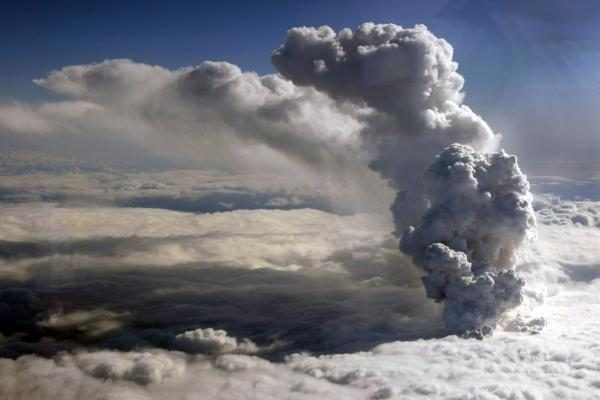 Islandai nuogąstauja, kad gali nubusti kiti ugnikalniai