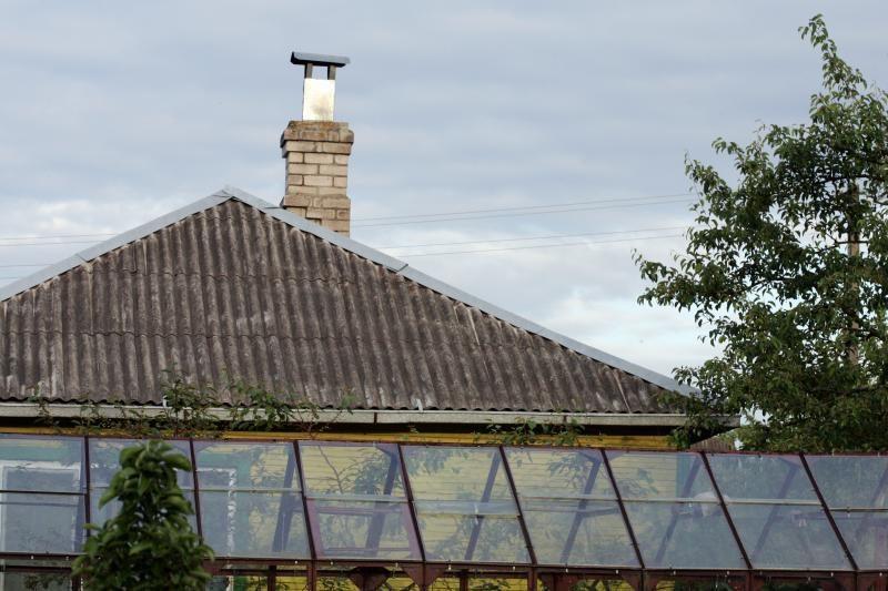60 mln. litų - šiferinius stogų keitimui tik kaime