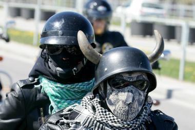 """Motociklininkų apsaugai – galvą šaldantis šalmas """"ThermaHelm"""""""