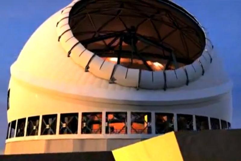 30 m skersmens veidrodis ir 13 milijardų šviesmečių perspektyva