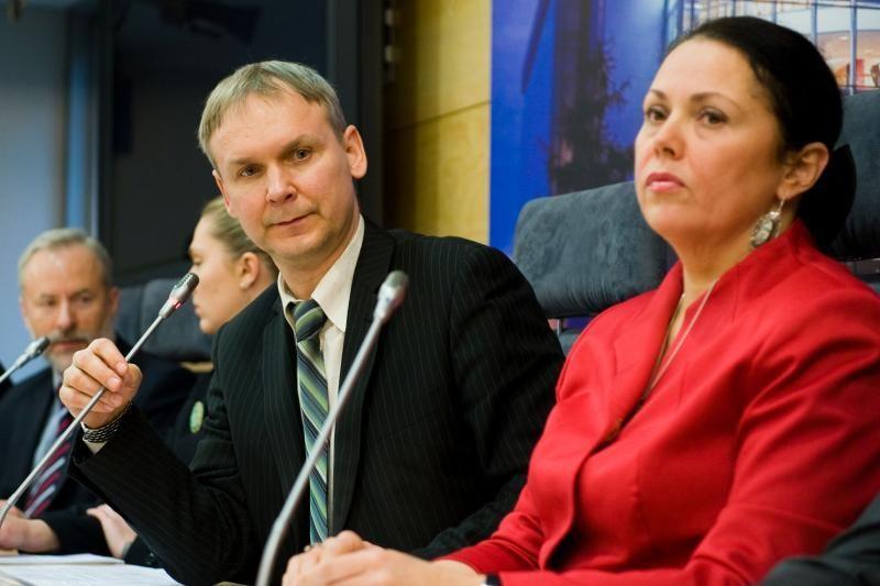 Eksparlamentarai talkina į Seimą patekusiems buvusiems kolegoms
