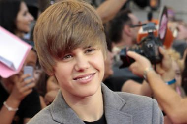 """""""Paramount"""" kurs 16-mečio atlikėjo J.Bieberio biografinį filmą"""