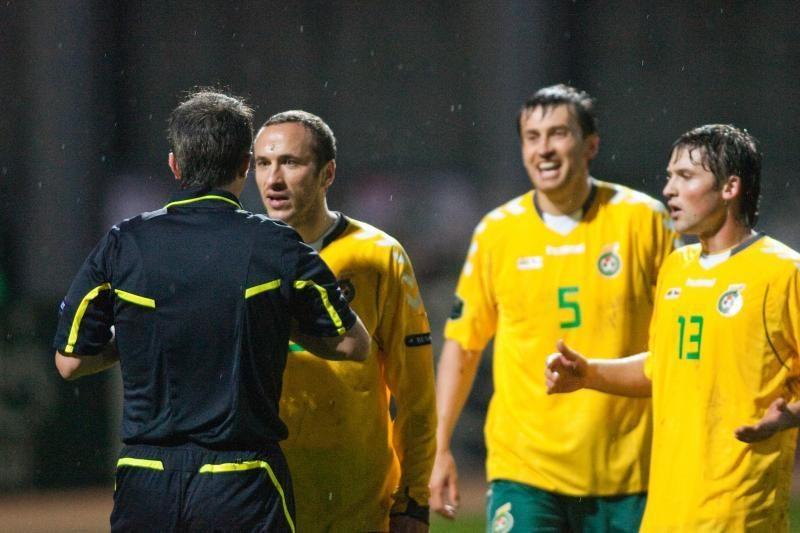 Pasaulio futbolo čempionato atrankas lietuviai pradėjo lygiosiomis