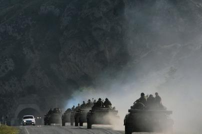 Rusijos kariai traukiasi