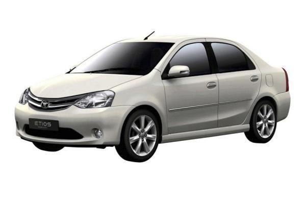 """""""Toyota Etios"""" – pirkėjų teismui"""