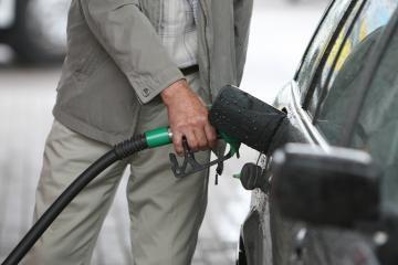 Estijoje ir Latvijoje benzinas pigesnis