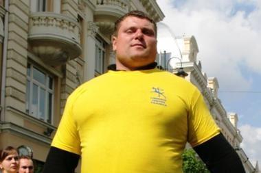 A.Zuoką Seime gali pakeisti stipriausias pasaulyje žmogus Ž.Savickas
