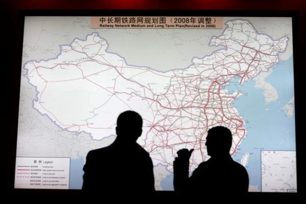Kinija - didžiausių ginklų eksportuotojų penketuke