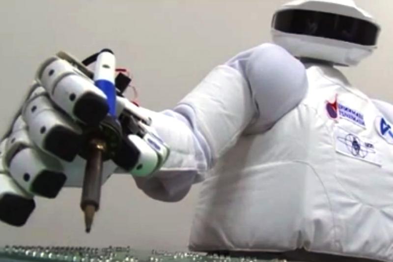 Rusiją į kosmosą siųs savo robotą-androidą