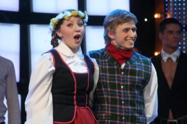 """""""Tu gali šokti"""" numylėtiniai Viktoro ir Gintarės pora užkulisiuose barasi"""