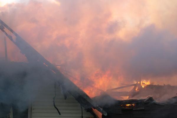 Vilniuje per gaisrą gyvenamajame name išgelbėti du žmonės