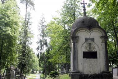 Antakalnio kapinėse apiplėštas Medininkų memorialas