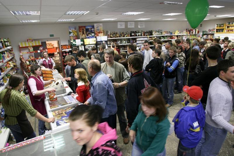 Vilniaus parduotuvėje apsaugininkams grasinta peiliu