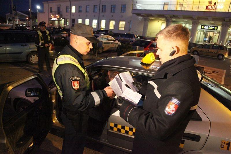 Per savaitę užfiksuota 113 taksi pažeidimų