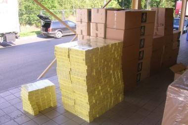Vyriausybė tikisi iš kontrabandos atkovoti pusę milijardo litų