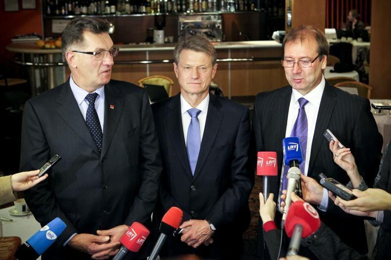 Valdančiųjų vadovai: koalicijoje niekas nesikeičia (papildyta)