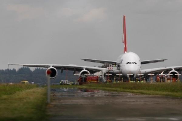 """""""Air Lituanica"""" Amsterdamo reisą keičia nauja kryptimi – į Paryžių"""