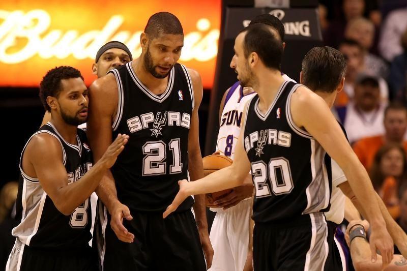 """NBA Vakarų konferencijos finalo seriją pergale pradėjo """"Spurs"""""""