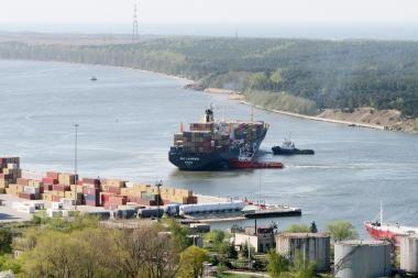 Bandomoji NATO krovinių partija Klaipėdos dar nepasiekė