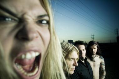 """Apocalyptica"" koncertuos su profesionaliu vokalistu"
