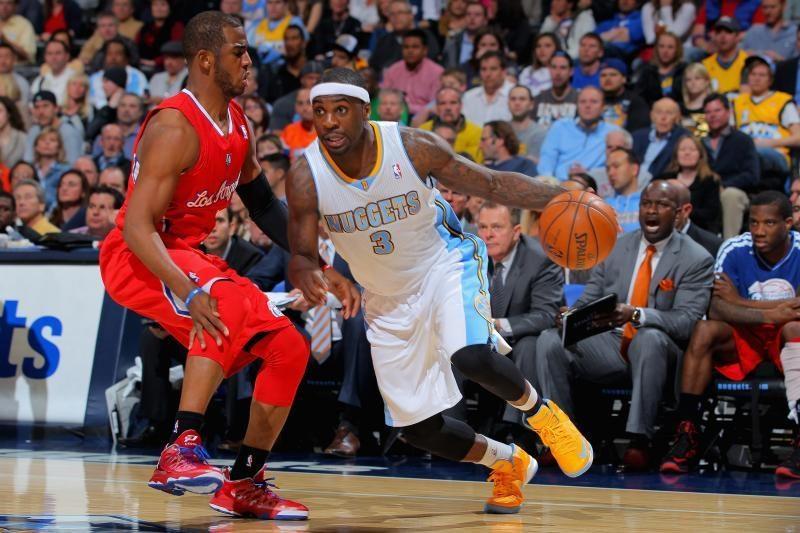 NBA: klubai gerina pergalių serijų rekordus (rezultatai)