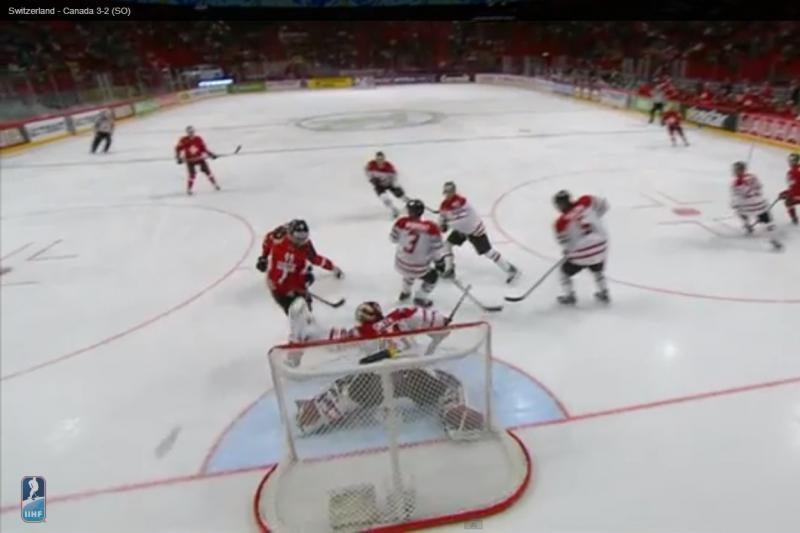 Pasaulio ledo ritulio čempionate šveicarai sensacingai nugalėjo Kanadą