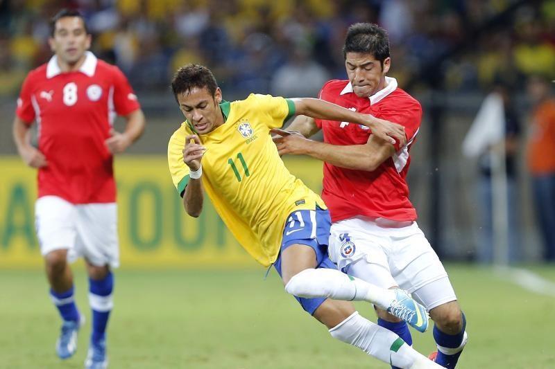 Brazilija nesugebėjo įveikti Čilės rinktinės