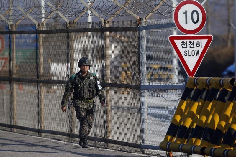 JAV žada numušinėti iš Šiaurės Korėjos skriesiančias raketas