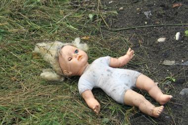 Anykščių rajone neblaivi motina sužalojo vaiką